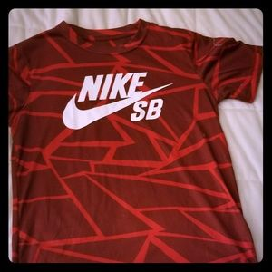 **5/25** Kids Nike Dri-fit shirt